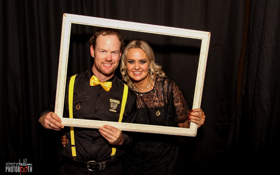 Tigers Medal Count Photo Booth